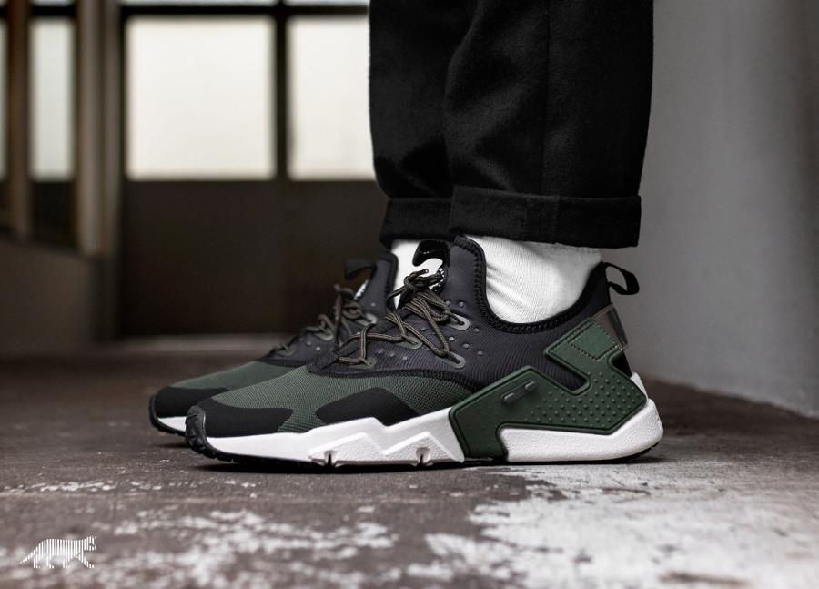chaussure Nike Air Huarache Drift 2018 noire et verte (2)