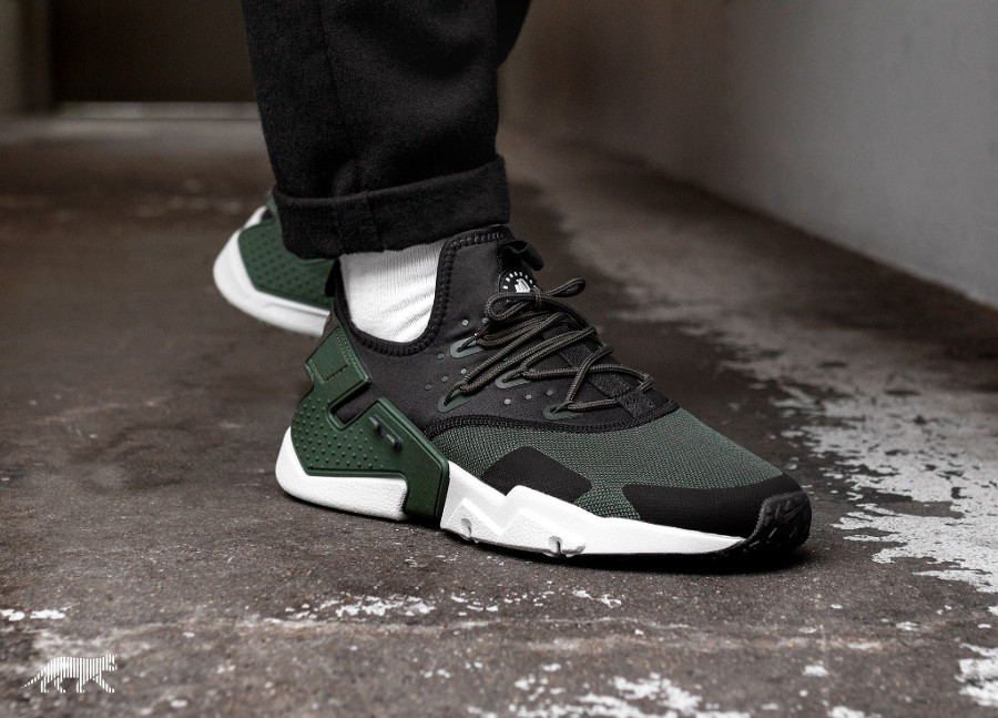chaussure Nike Air Huarache Drift Black Sequoia