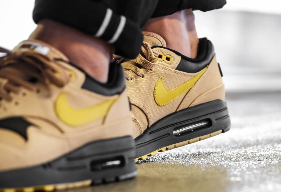 chaussure-Nike-Air-Max-87-Premium-Elemental-Gold-Mineral-Yellow-875844-700 (3)