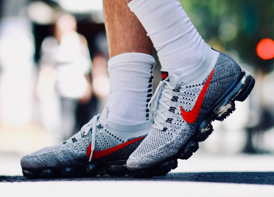 nike-air-vapormax-flyknit-air-max-1-og-red-849558-020 (2)