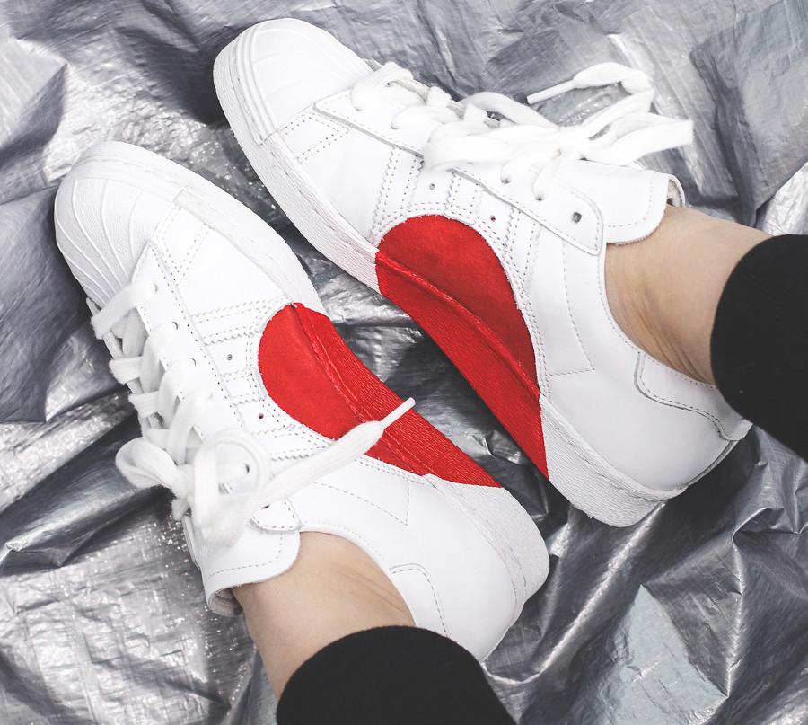 Adidas Superstar 80's Half Heart (coeur rouge) - chaussure rétro femme