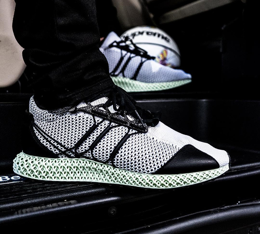 Adidas Y-3 Runner 4-D on feet- @jmzet