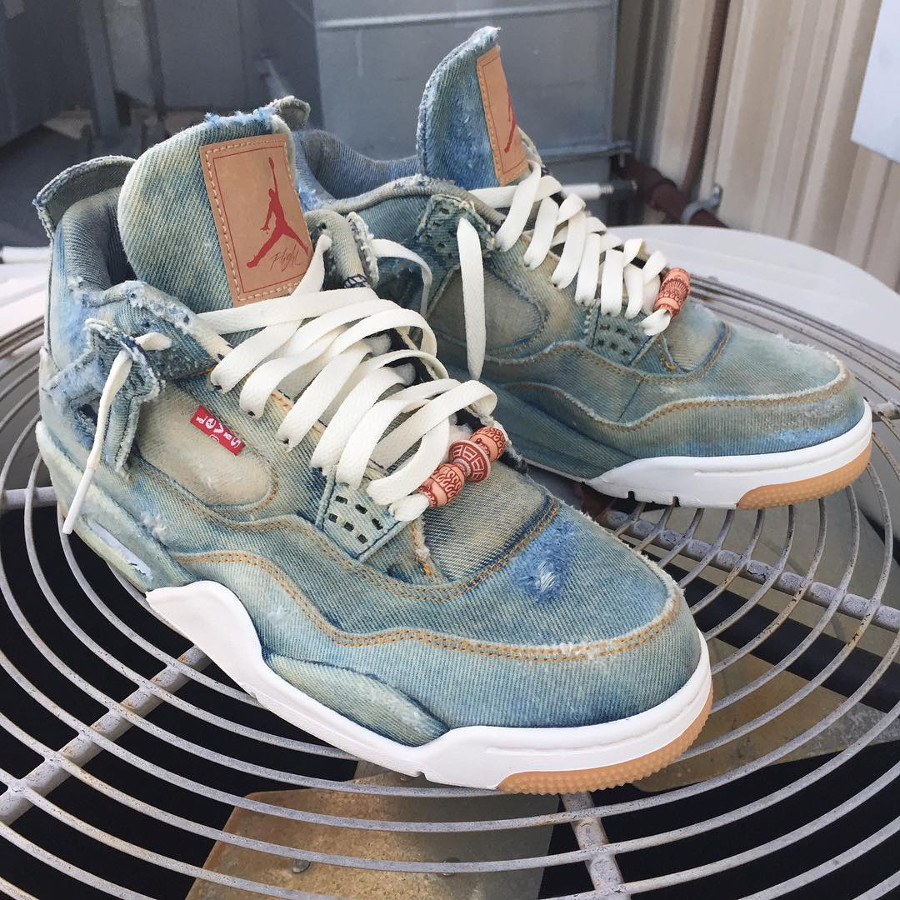 Air Jordan 4 Retro Levis Bleached Denim