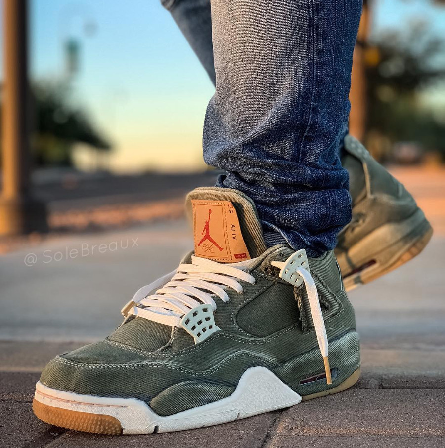 Air Jordan 4 Retro Levis Green Denim