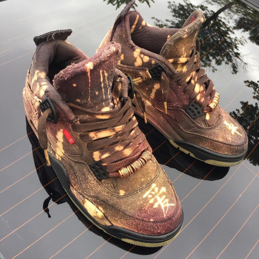 Air Jordan 4 Retro Levis Peace and Eternity