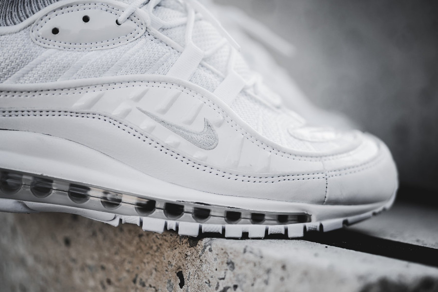 Basket Nike Air Max 98 Triple White (1-1)