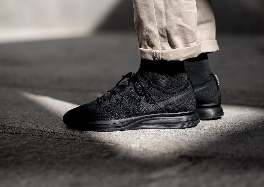 Chaussure Nike Flyknit Trainer Triple Black (tissage noir)