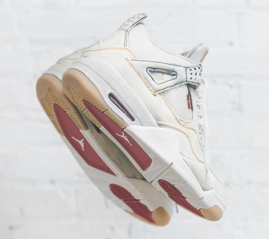 Levis x Air Jordan 4 Retro Bleached Denim (1)