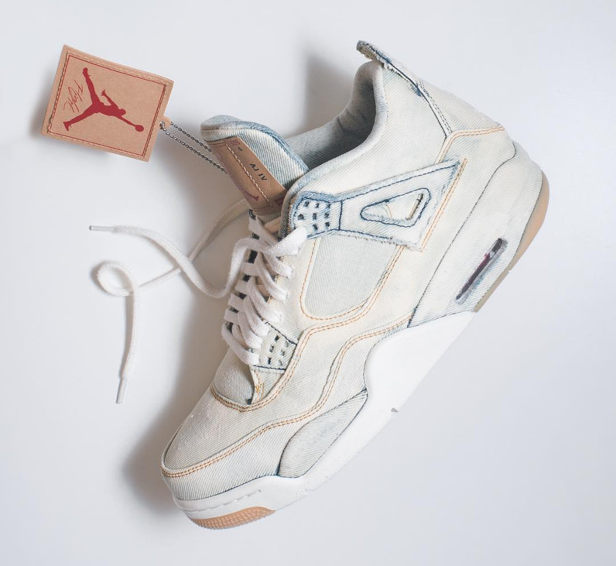 Levis x Air Jordan 4 Retro Bleached Denim (2)