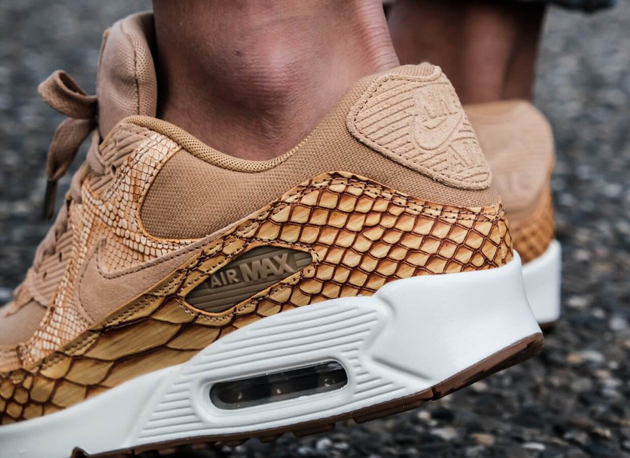 Nike Air Max 90 Premium Leather Vachetta Tan Elemental Gold (1)