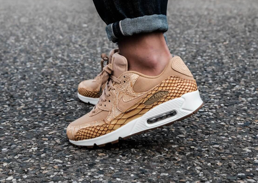 Nike Air Max 90 Premium Leather Vachetta Tan Elemental Gold (3)