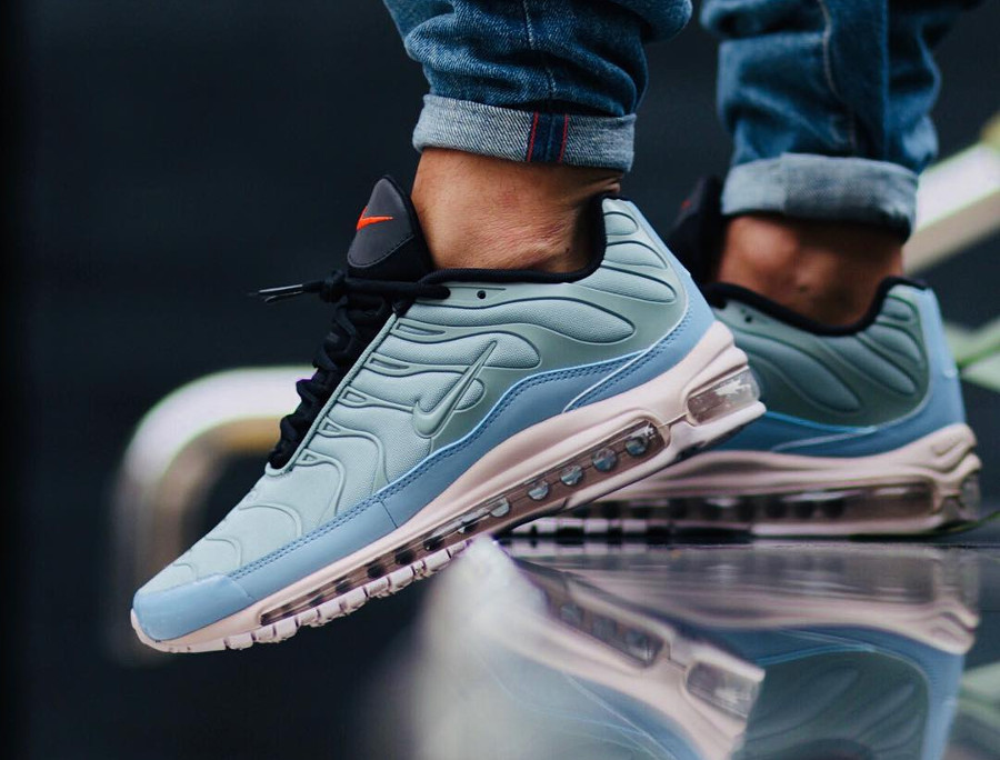 814b971525f614 ... top quality nike air max 97 plus requin max mix mica green on feet  chaussure rétro