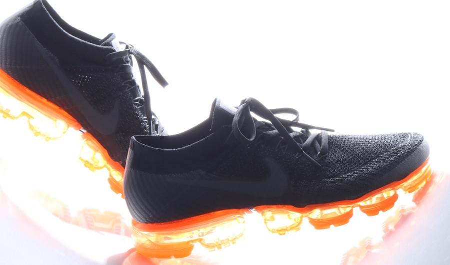 5686cad6fe30 Avis  La Nike Air Vapormax  Black Pop  (coussin d air orange)   que ...