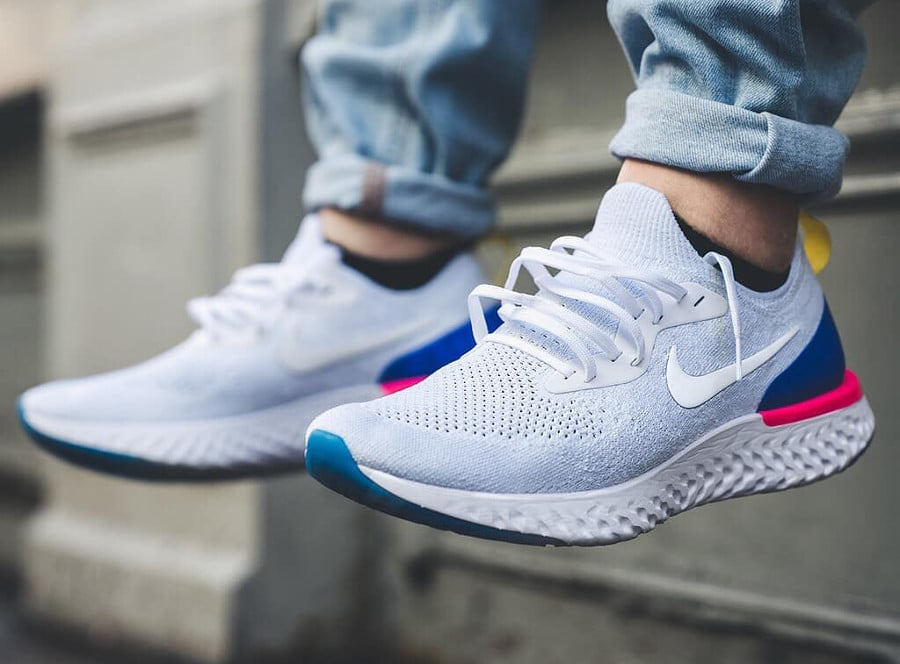 Nike Epic React Flyknit blanche White Racer Blue Pink Blast - AQ0067-101 (2)