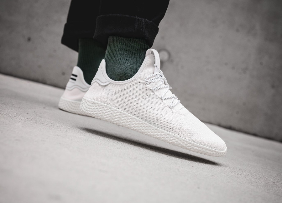 Pharrell Williams x Adidas Tennis HU Holi BC Cream White (2)
