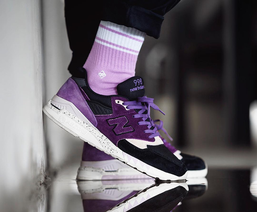 Sneaker Freaker x New Balance M998 Tassie Devil de 2013 on feet