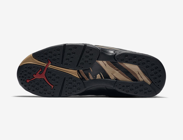 air-jordan-VIII-ovo-black-gold- AA1239-045 (4)
