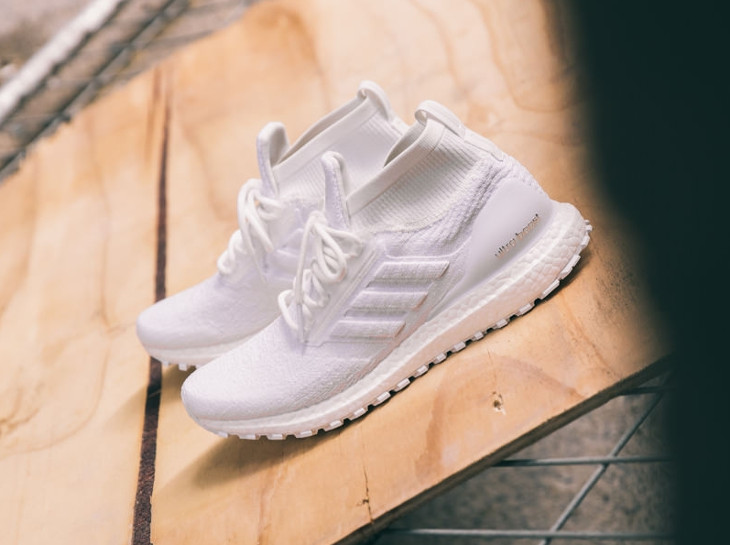 basket-adidas-ultra-boost-mid-all-terrain-triple-white-BB6131 (3)