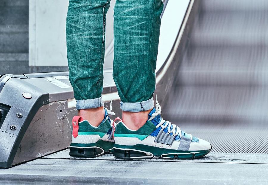 basket-adidas-twinstrike-adv-patchwork-blanche-grise-vert-bleu-CM8094 (3)