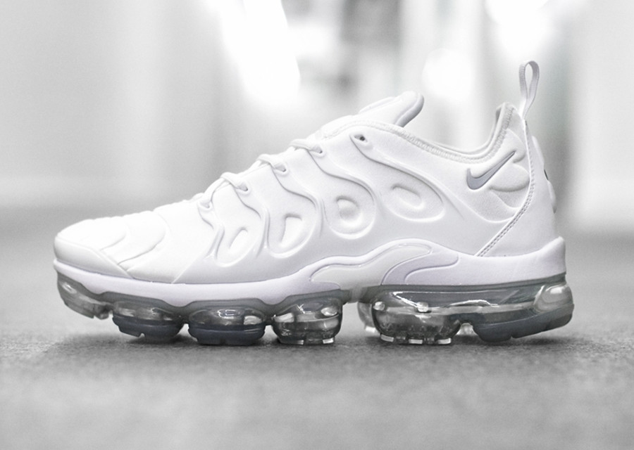 Avis] Nike Air Vapormax Plus Requin TN blanche Triple White