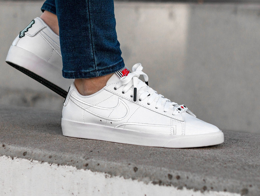 basket-nike-blazer-low-lx-se-white-black-speed-AJ0866-100 (2)