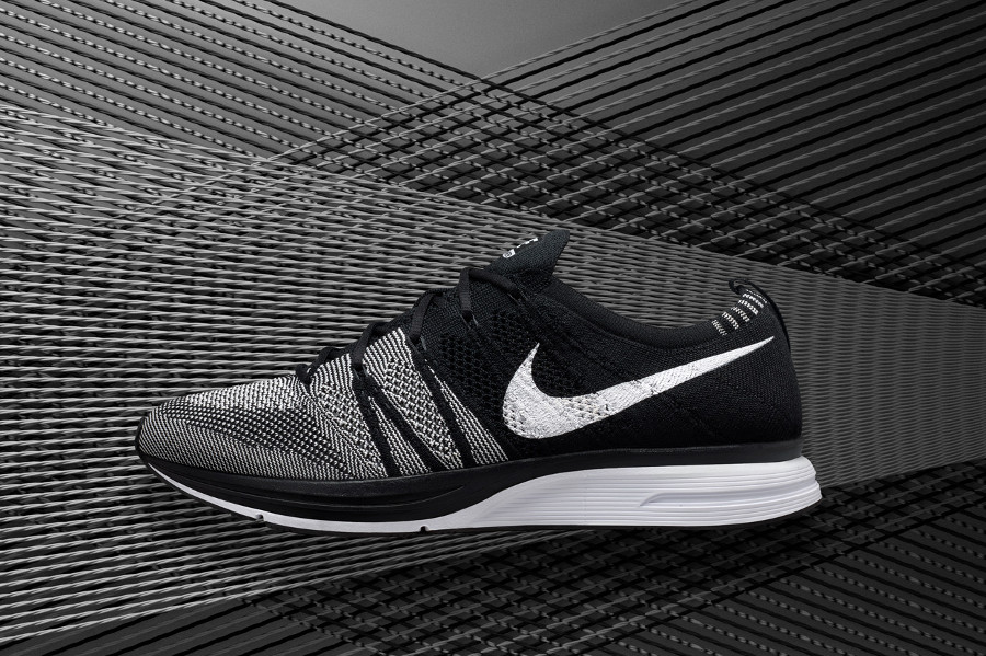basket-nike-flyknit-trainer-black-white-oreo-2018-AH8396-005 (1)