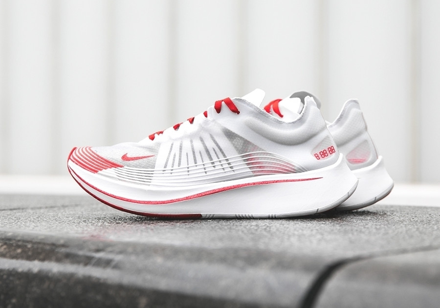 basket-nike-zoom-fly-qs-blanche-et-rouge-japan-AJ9282-100 (2)