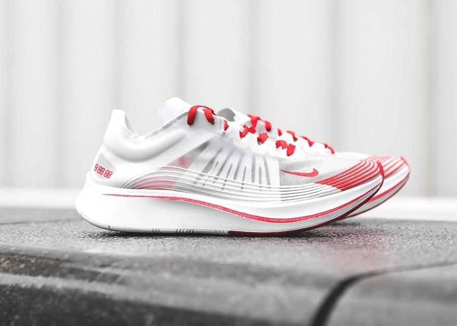 basket-nike-zoom-fly-qs-blanche-et-rouge-japan-AJ9282-100 (3)