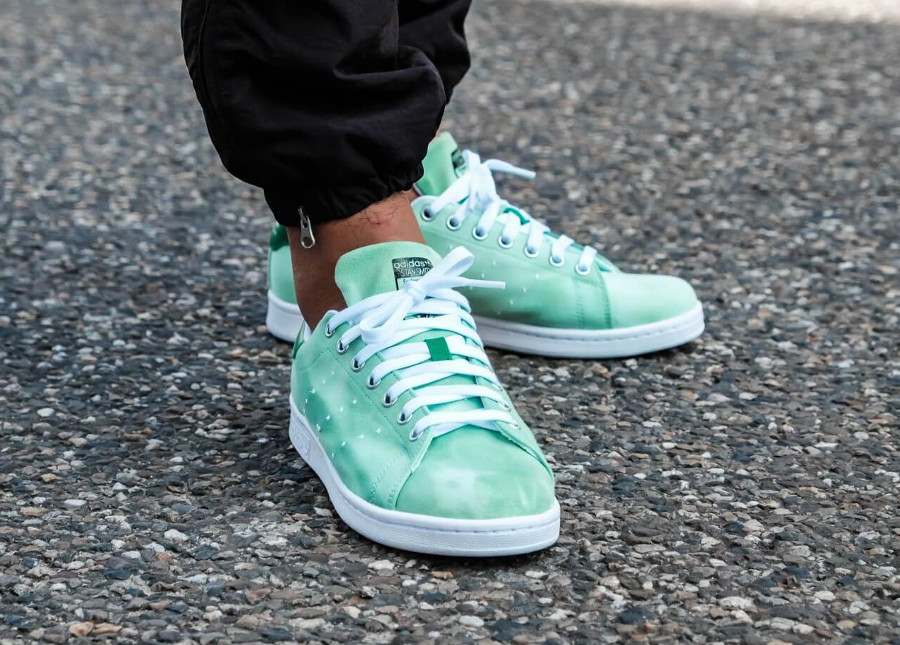 Pharrell Williams x Adidas Stan Smith HU Holi Green (dégradé vert)