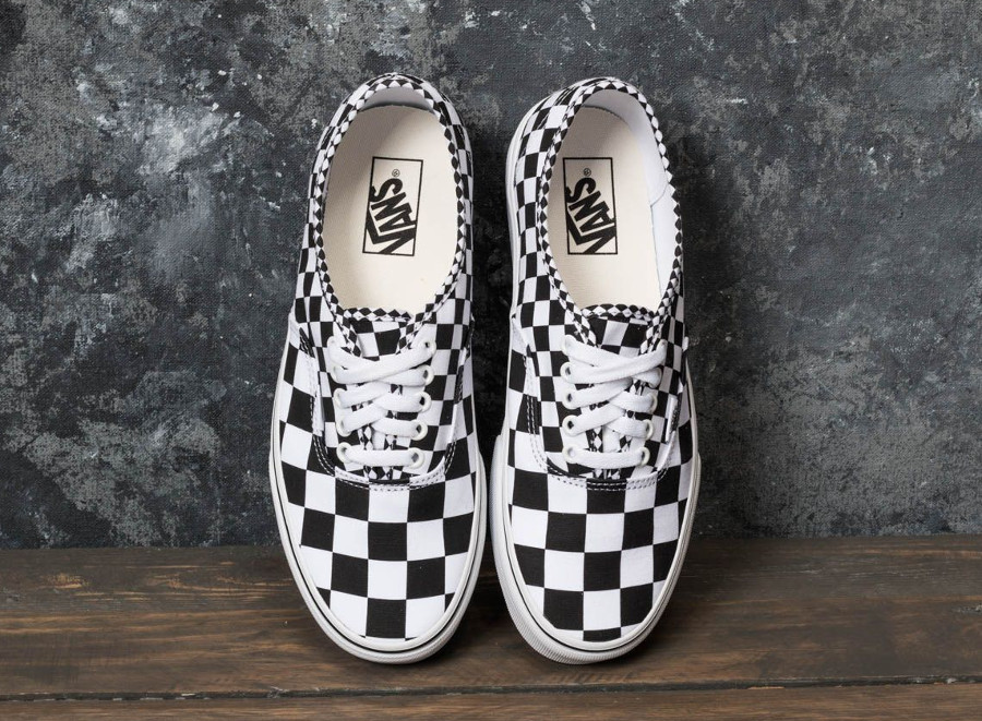 basket-vans-authentic-mix-checker-black-true-white-carreaux-noir-et-blanc-VA38EMQ9B (3)