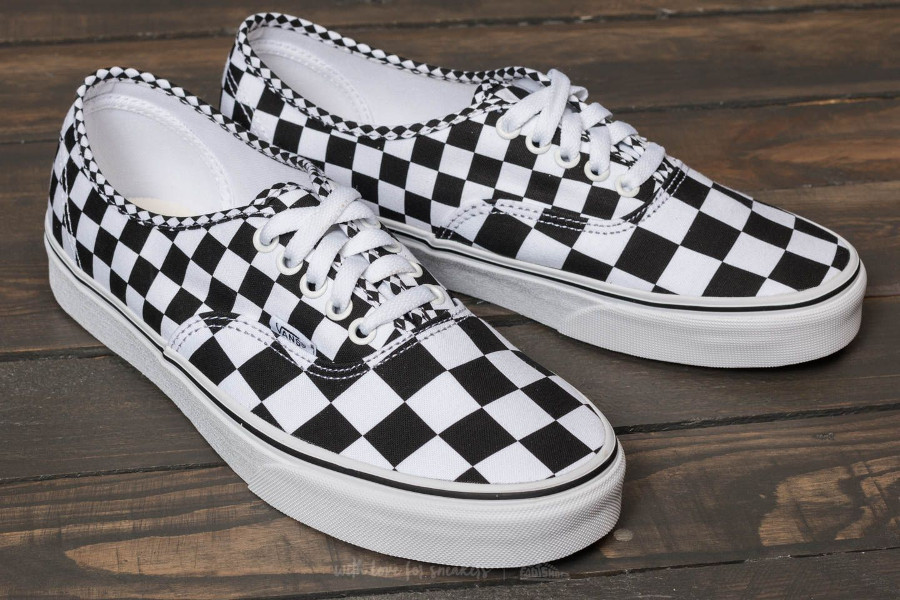 basket-vans-authentic-mix-checker-black-true-white-carreaux-noir-et-blanc-VA38EMQ9B (4)