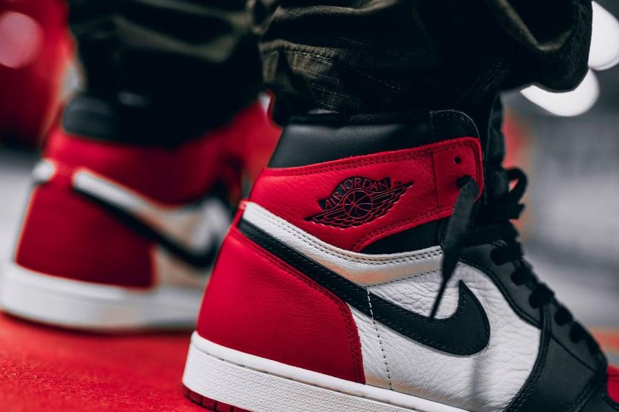 chaussure-air-jordan-1-high-retro-bred-black-toe-555088-610 (2)