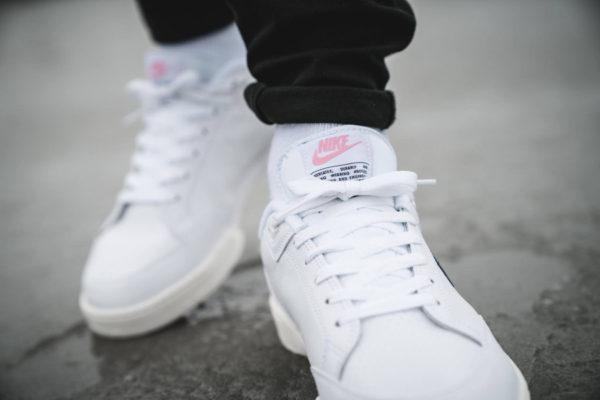 chaussure-nike-grandstand-ii-blanche-rose-AA2190-100 (3)