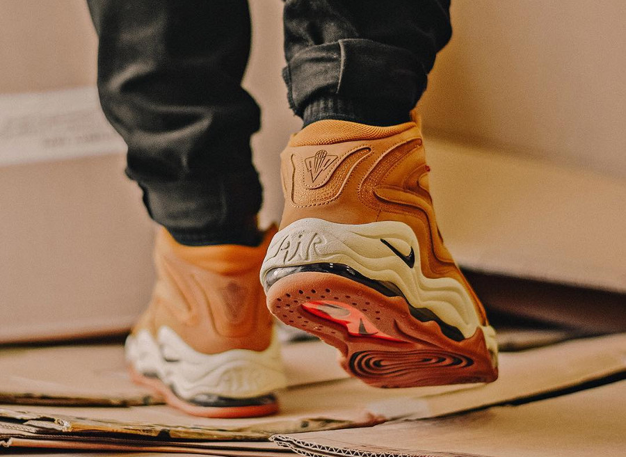 nike-air-scottie-pippen-1-suede-wheat-flax-daim-timberland (2)