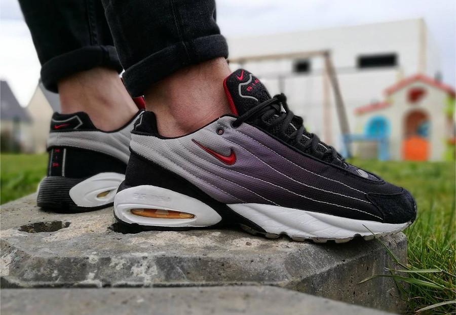 1999 Nike Air Turbulence OG - @hakyewest