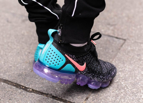 Nike Air Vapormax 2.0 'Black Hot Punch'