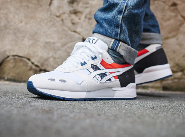 Chaussure Asics Tiger Gel Lyte OG blanche Sport Pack on feet