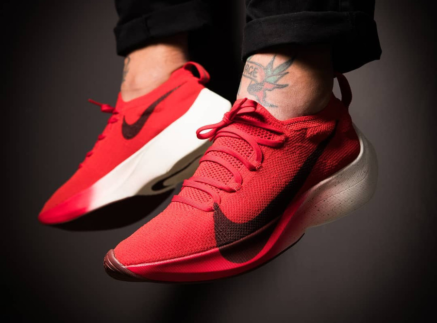 Nike React Vapor Street 'University Red/Black/Dark Team'