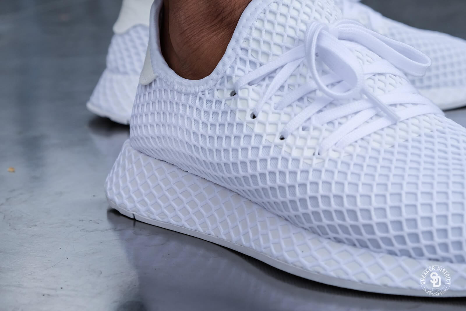 Avis] Adidas Deerupt Runner Grid blanche Triple White ...