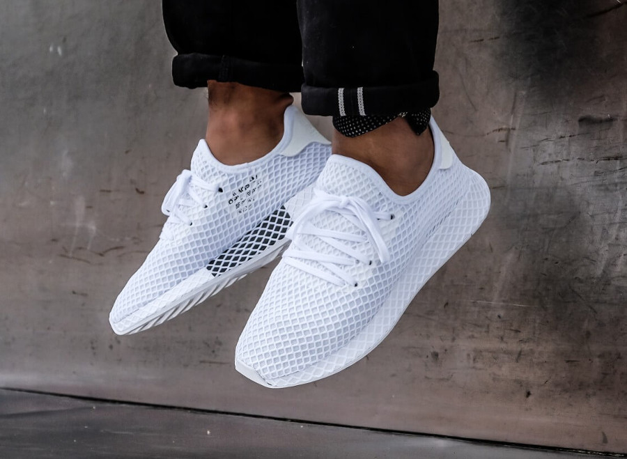 Adidas Deerupt Runner 'Triple White'