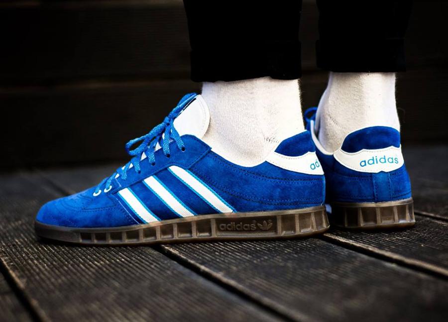 Chaussure Adidas SPZL Handball Kreft Bright Blue (suède bleu) on feet