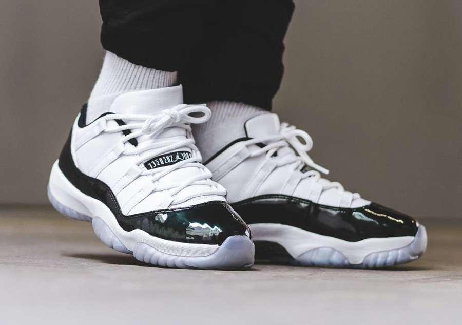 buying cheap new authentic high fashion Avis] Air Jordan 11 XI Retro Low Iridescent Easter Emerald ...