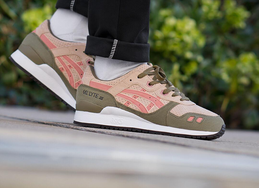 Chaussure Asics Gel Lyte 3 Suede Amberlight Cherry Blossom (vert beige orange)