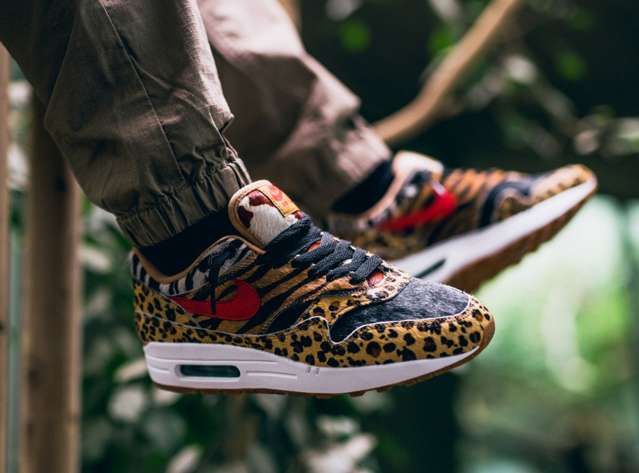 basket-atmos-tokyo-nike-air-max-one-poil-leopard-swoosh-rouge-semelle-gomme (3)
