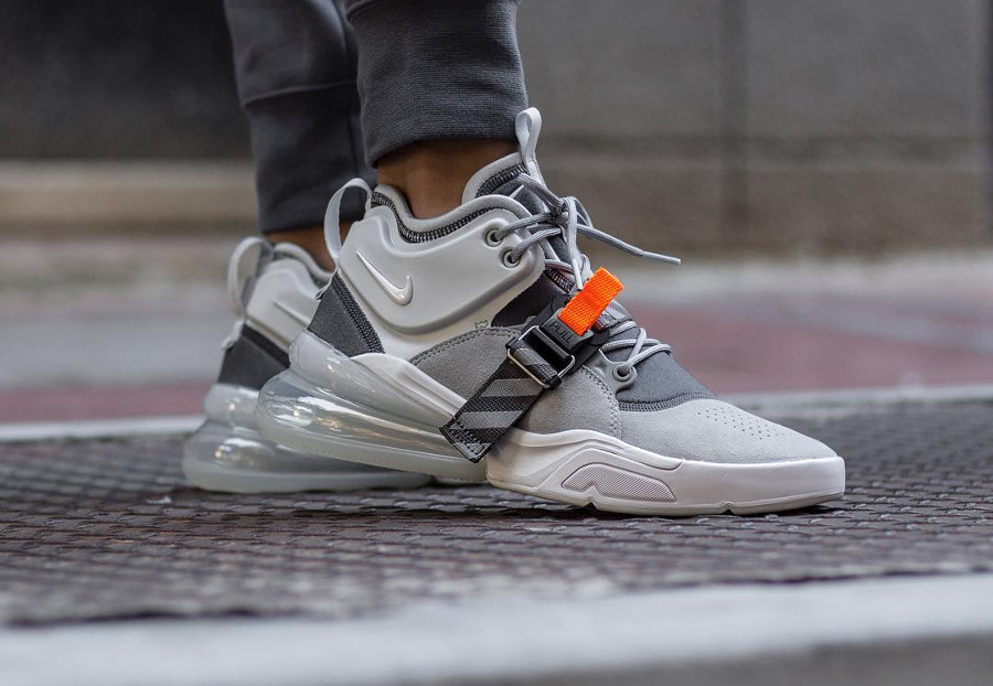Nike Air Force 270 Mid Grise Wolf Grey