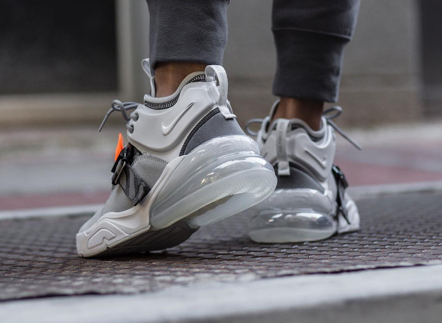 Nike Air Force 270 'Wolf Grey Sail'