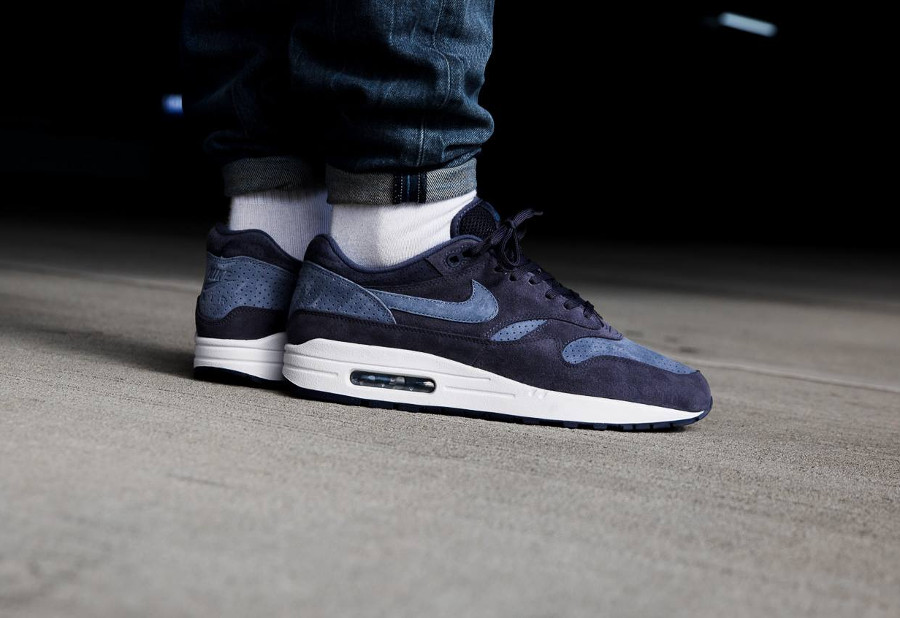 Nike Air Max 1 Premium Neutral Indigo (suède perforé)