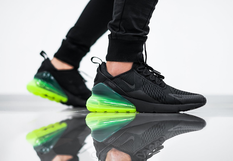 free shipping 82dbf 826c0 Chaussure Nike Air Max 270 noire on feet (grosse bulle d air vert fluo