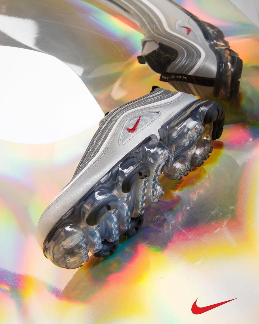 basket-nike-air-vapormax-97-og-hybride-cuir-gris-argent-metallique-AJ7291-002 (1)