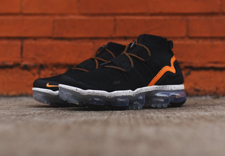 basket-nike-air-vapormax-utility-flyknit-mi-montante-black-orange-NKAH6834-008 (5)